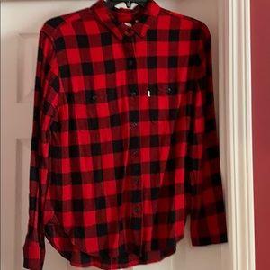 EUC Levi's boyfriend fit red buffalo plaid shirt